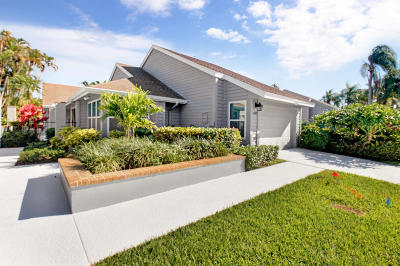 Eastpointe Single Family Home Pending: 6887 Palm Grove Court