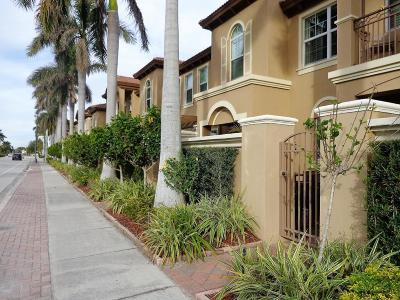 Boynton Beach Townhouse For Sale: 3120 Waterside Circle