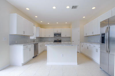 Lake Worth Single Family Home For Sale: 6513 Marbletree Lane
