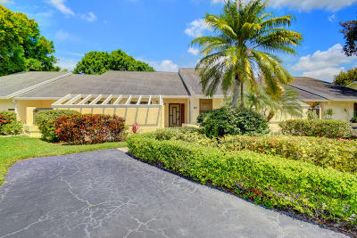 Boca Raton Single Family Home For Sale: 10975 Water Oak Manor