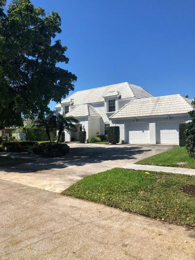North Palm Beach Single Family Home Contingent: 861 Lakeside Drive