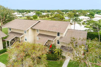 Tequesta Condo For Sale: 18350 SE Wood Haven Lane #J