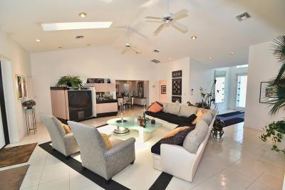Delray Beach Single Family Home For Sale: 3860 Live Oak Boulevard