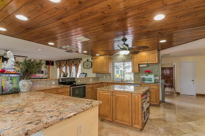Palm Beach Gardens Single Family Home For Sale: 4660 Square Lake Drive