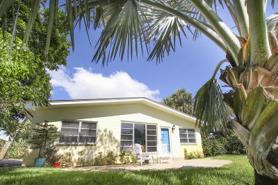 Fort Pierce Single Family Home For Sale: 11001 S Indian River Drive