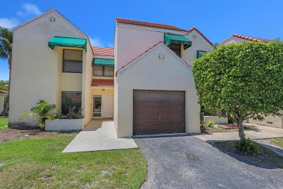 Boca Raton Townhouse For Sale: 7448 Champagne Place