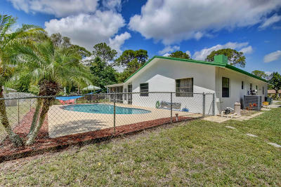 Loxahatchee Single Family Home Contingent: 16318 E Downers Drive