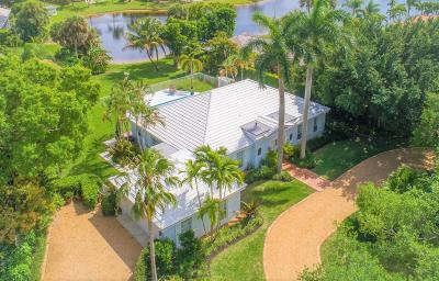 Tequesta Single Family Home Contingent: 10182 SE Acorn Way