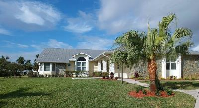 Stuart Single Family Home Contingent: 2558 NW Wide River Cove