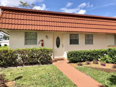 Royal Palm Beach Condo For Sale: 12007 Poinciana Boulevard #101