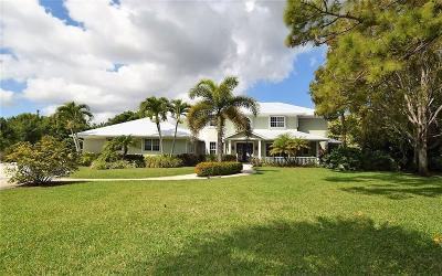 Jensen Beach Single Family Home Contingent: 327 NE Ficus Terrace