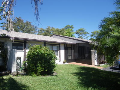Royal Palm Beach FL Single Family Home For Sale: $179,900