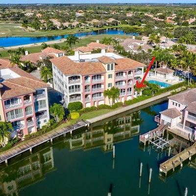 Vero Beach Condo For Sale: 5380 W Harbor Village Drive #201