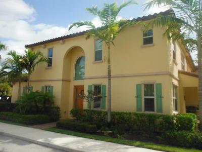 Townhouse For Sale: 4572 Mediterranean Court