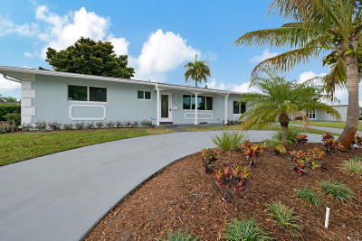 North Palm Beach Single Family Home For Sale: 416 Ebbtide Drive
