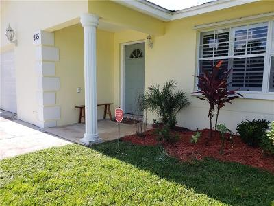 Palm City Single Family Home Contingent: 935 SW 29th Terrace