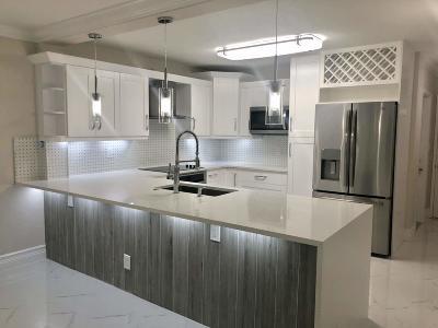 Boca Raton Single Family Home For Sale: 9155 Flynn Circle #4