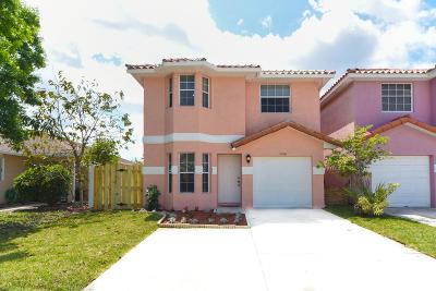 West Palm Beach Single Family Home Contingent: 5500 Pinnacle Lane
