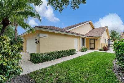 Jupiter Single Family Home For Sale: 196 Cape Pointe Circle