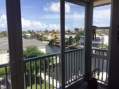 Palm Beach County Condo For Sale: 930 Dogwood Drive #559