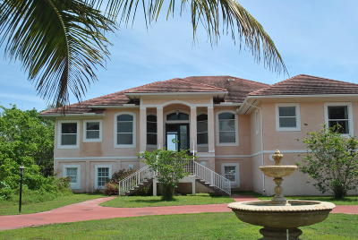 Stuart Single Family Home Contingent: 126 Sewalls Point Road