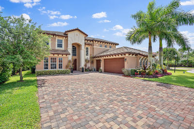 Jupiter Single Family Home For Sale: 180 Manor Circle