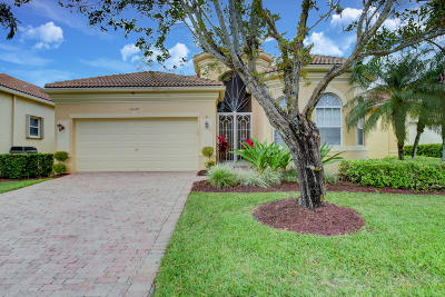 Delray Beach Single Family Home For Sale: 15375 Fiorenza Circle