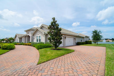 Broward County Single Family Home For Sale: 5301 S Sterling Ranch Circle