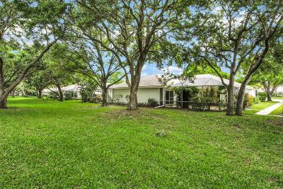 Palm Beach Gardens Townhouse For Sale: 7004 Geminata Oak Court