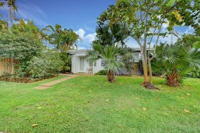 Delray Beach Single Family Home For Sale: 204 S Seacrest Circle