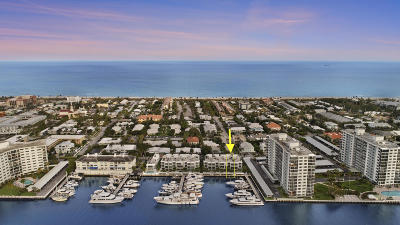Delray Beach Townhouse For Sale: 136 Macfarlane Drive #Unit 2