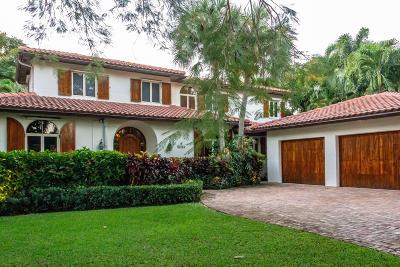 Single Family Home Sold: 876 Oleander Street