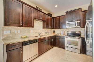 Greenacres Single Family Home For Sale: 120 Two Pine Drive