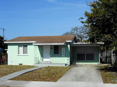 Lake Worth Single Family Home Contingent: 825 F Street