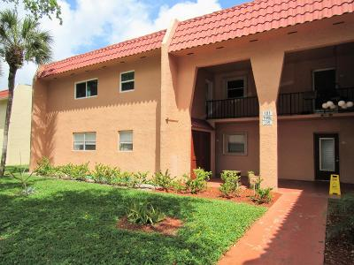West Palm Beach Condo For Sale: 181 Lake Frances Drive