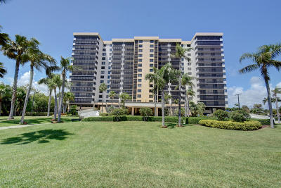 Highland Beach Condo For Sale: 3420 S Ocean Boulevard #8-U