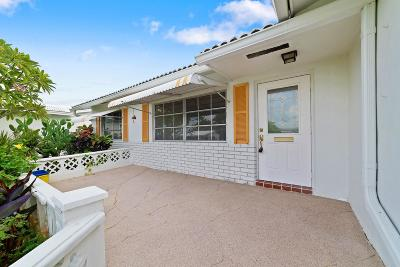 Boynton Beach Single Family Home For Sale: 2076 SW 14th Avenue
