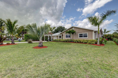 Stuart Single Family Home Contingent: 4769 SE Rocky Point Way