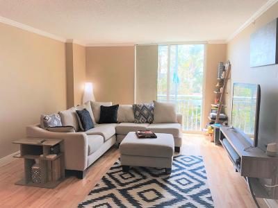 Miami-Dade County Condo For Sale: 3000 Coral Way #510