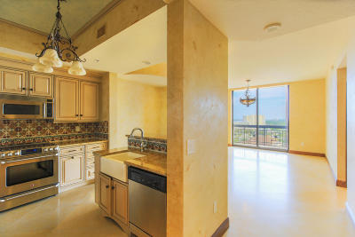 West Palm Beach Condo For Sale: 801 S Olive Avenue #1003