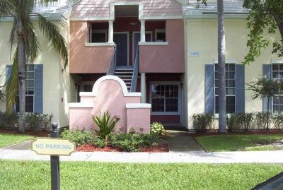 Delray Beach Condo For Sale: 1165 Crystal Way #L