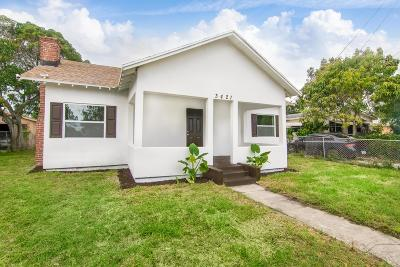 West Palm Beach Single Family Home For Sale: 3421 Pinewood Avenue