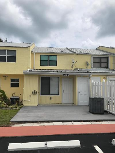 Townhouse For Sale: 2711 Highway A1a H