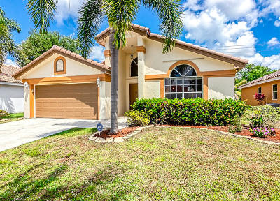 Boynton Beach Single Family Home For Sale: 8564 Tourmaline Boulevard