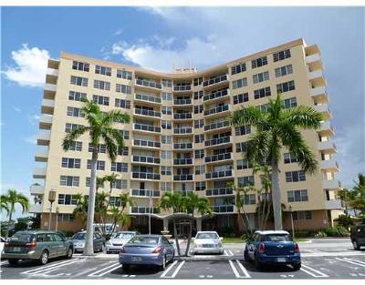 West Palm Beach Condo For Sale: 2800 Flagler Drive #611