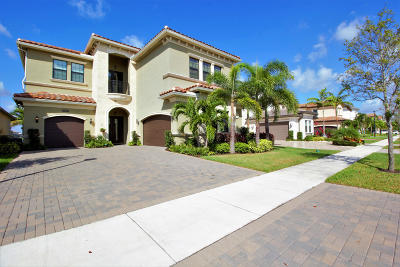 Delray Beach Single Family Home For Sale: 16831 Pavilion Way