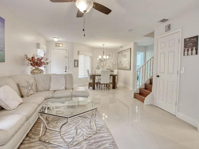 Townhouse For Sale: 1037 Arezzo Circle