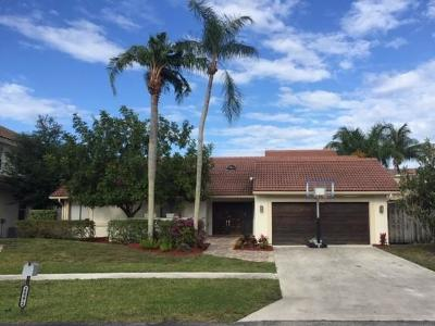 Boca Raton Single Family Home For Sale: 22272 Hollyhock Trail