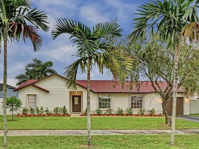 Davie Single Family Home For Sale: 1030 SW 124 Way