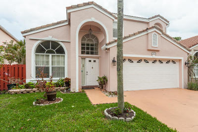 Greenacres Single Family Home For Sale: 108 Wedgewood Lakes S